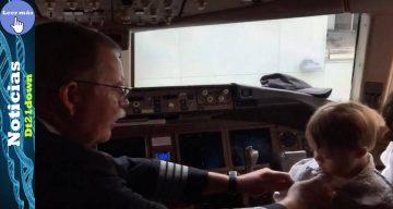 Capitán celebra su último vuelo obsequiándole sus alas un niño con síndrome de down