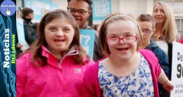 Mujer con síndrome de Down busca cambiar leyes de aborto del Reino Unido